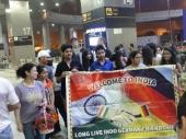 Am Flughafen in Delhi